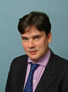Simon Bennett