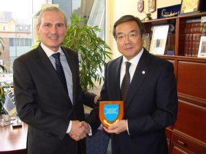 Capt Esteban Pacha, Director General of IMSO and Mr Koji Sekimizu, Secretary General of IMOduring his visit to IMSO Headquarters on 28 January 2013