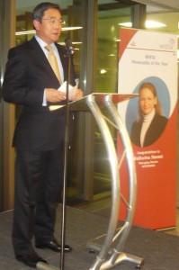 IMO Secretary-General Koji Sekimizu at the podium speaking on the Award and the IMO