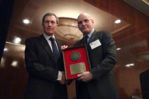 Mike Hoyle and on his right Stephen A. Colville President of IADC.