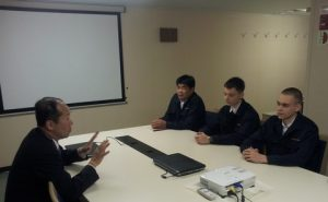 Executive officer Masaaki Nemoto giving instructions to cadets