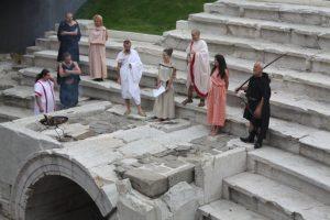 'Ancient Romans' reclaim their stadium
