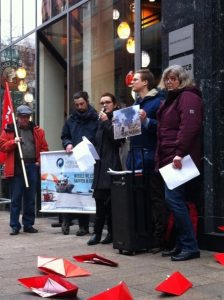 Protest speech in front of German Shipowners Association with Sabine Wils MEP (GUE/NGL)