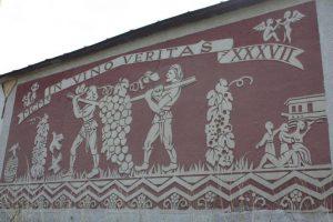 In vino veritas: mural in the village of Malá Tŕňa.