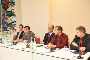 Mr. Marco Schneider, Project Manager, CFD, HSVA, Mr. Noboru Ueda, Chairman and President, ClassNK, Mr. Yasushi Nakamura, Executive Vice President, ClassNK, Capt. Herman Visser, Oldendorff Carriers