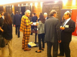 At coffee break, an opportunity to mingle