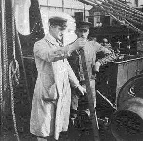 Max Hatlapa at a winch commissioning in the 1920s