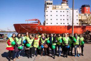 Maria Belén Espiñeira and WISTA Argentina members on a port visit.