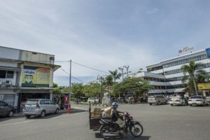 2014: Ten years on, a view of Hotel Medan in Aceh City centre. WFP/Rein Skullerud