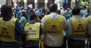 DHL workers and activists protest at Mumbai Marathon