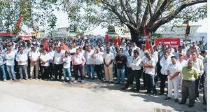 Dock workers protest outside Mumbai Port Trust