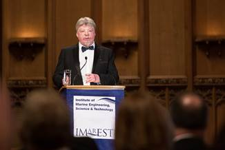 Simon Weston OBE delivers a moving speech at the IMarEST Annual Dinner