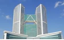 Hutton's Dubai office 3 low res