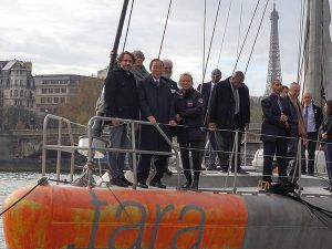 UN Secretary-General Ban ki-moon, centre front, on bord the TARA in Paris