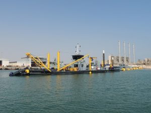 The floating pipe line DAMEN delivered consists of HDPE pipes plus floats