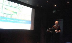Luis Benito deliverying his excelelnt slides presentation