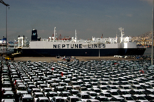Vessel Neptune Ploes accommodates up to 750 vehicles at a time/the new Arabian Gulf short sea service route. Image credit: Neptune Lines