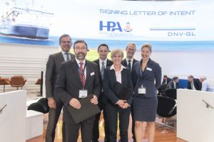 DNV GL signed a letter of intent with the Hamburg Port Authority (HPA) at SMM today. From left to right*