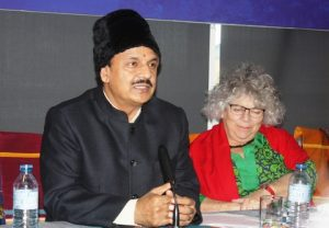 Dr Mahesh Sharma, minister of state tourism, and Miriam Margolyes.