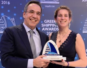 Mr. Leonidas Fragkiadakis of National Bank of Greece accepting the Shipping Financier of the Year Award from Ms. Milena Pappas of sponsor Star Bulk Carriers Corporation.
