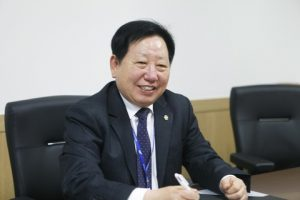 KR Chairman and CEO, Mr JK Lee