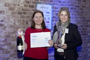 Nicola Good, Executive Editor, Fairplay, awarded the International Editor Award with Pamela Wilczek, Head of Marketing, Hansa Heavy Lift